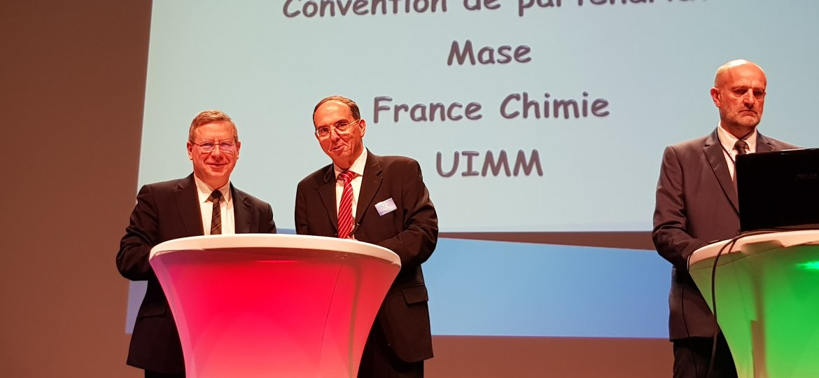 photo signature MASE UIMM FRANCE CHIMIE